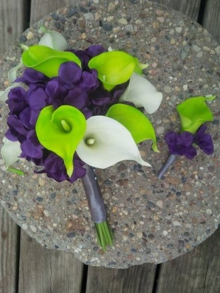 bouquet and boutonniere: Silk purple hydrangea, calla lilies