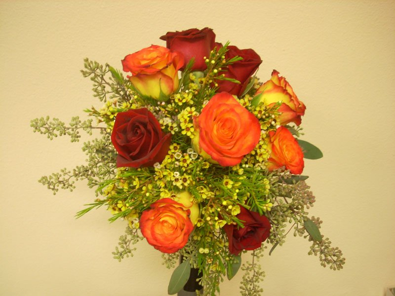 fresh, brides bouquet, red roses, circus roses, greens,